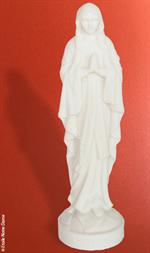 Statue Notre-Dame de Lourdes en albâtre - 17 cm